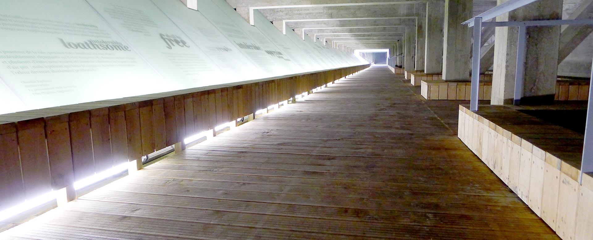 Platelage en bois du MEMORIAL esclavage de nantes