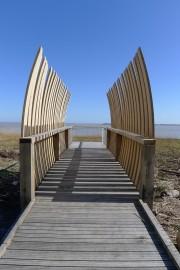 Passerelle en bois contemporaine– Pauillac (33)