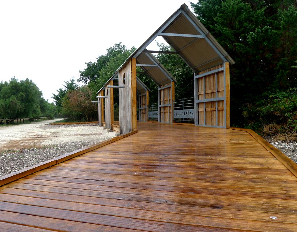 fabricant kiosque abri en bois espace public sle. Black Bedroom Furniture Sets. Home Design Ideas